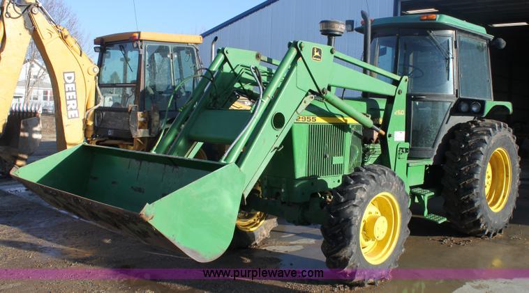 E8454.JPG - 1989 John Deere 2955 MFWD tractor , 12,217 hours on meter , John Deere six cylinder diesel engine , ...