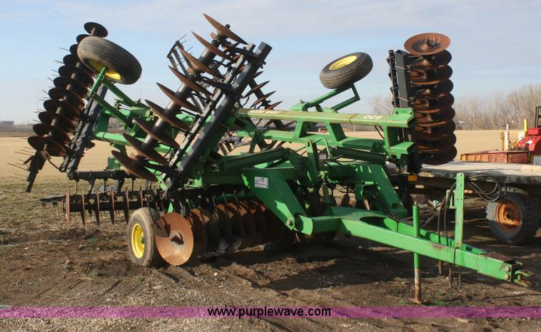 F2578.JPG - John Deere 630 disk , 20W , 19 75 quot disks , Three gang harrow , Clevis hitch , 9 5L 14 tires , Se...