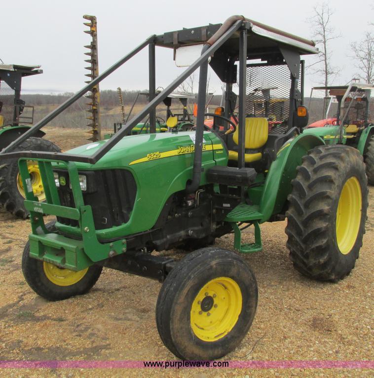 F4475.JPG - 2006 John Deere 5325 tractor , 1,211 hours on meter , John Deere 3 0L four cylinder diesel engine , ...