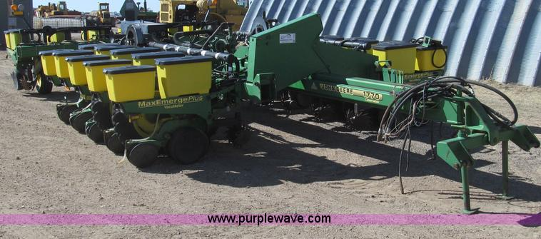 G5669.JPG - John Deere 1770 Conservation planter , 16 row , 30 quot spacing , Double boxes , Rear hitch , MaxEme...