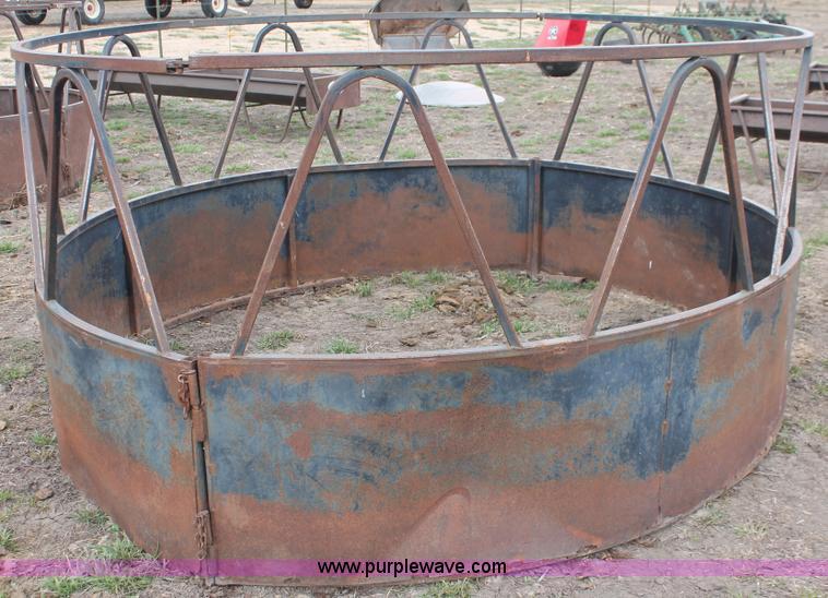 Prairie products steel round bale feeder no reserve
