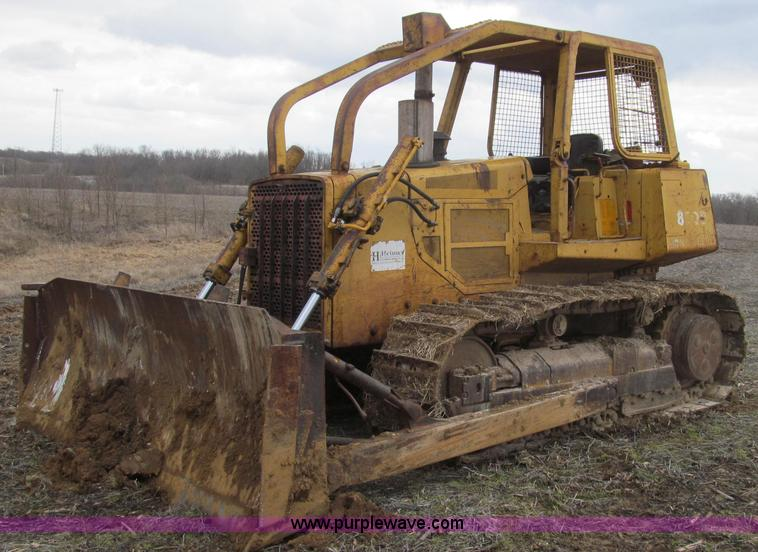 E3813.JPG - 1988 John Deere 850B dozer , 15,795 hours on meter John Deere 6466A six cylinder turbo diesel engine...