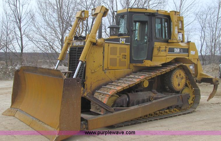 E3815.JPG - 2003 Caterpillar D6R XL Series II dozer , 11,984 hours on meter , Caterpillar C9 8 8L six cylinder d...
