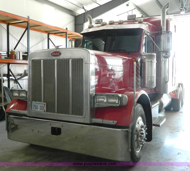 7814 1991 e   one e   one pumper  fire apparatus truck additionally 10728 2003 chevrolet silverado utility  service truck likewise 3505 2013 peterbilt flat top  glider kit   detroit 12   7  truck additionally 17564 Semi Trailer Dump Truck likewise G7782. on semi truck dump trailers