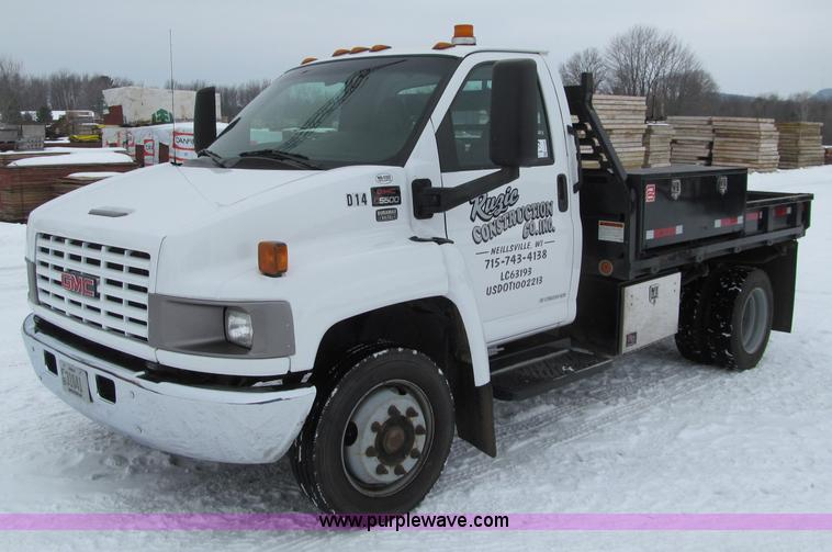 G2538.JPG - 2006 GMC C5500 utility truck , 179,357 miles on odometer , 6 6L V8 turbo diesel engine , Automatic t...