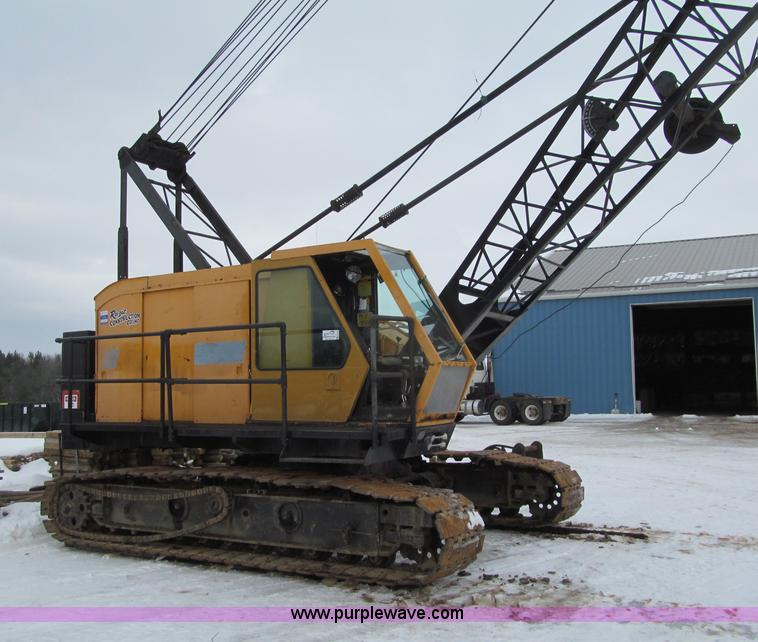 G2578.JPG - 1981 American 5299A crawler crane , 17,811 hours on meter , Detroit 671 diesel engine , Heat , 60 to...