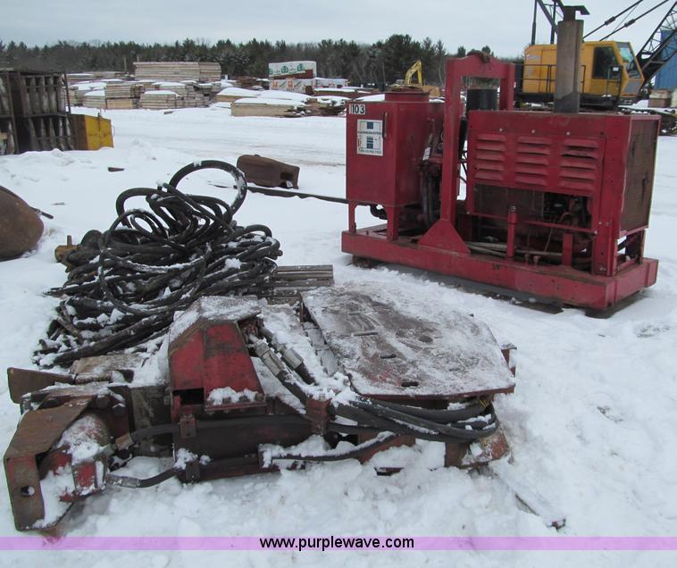 G2603.JPG - 1988 MKT V 5B sheet pile driver , 4,100 hours on meter , John Deere diesel engine , Hydraulic hammer...