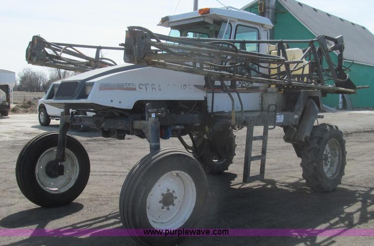 E3849.JPG - 1997 SpraCoupe 3440 self propelled sprayer , 3,144 hours on meter , Perkins A4 four cylinder engine ...
