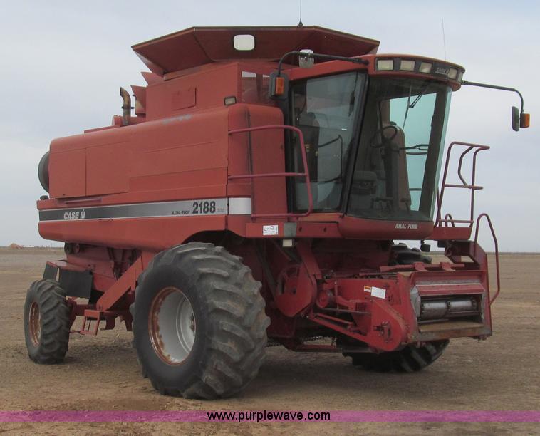 G5681.JPG - 1997 Case IH 2188 combine , 3,336 engine hours on meter , 2,455 separator hours on meter , 505 CID s...