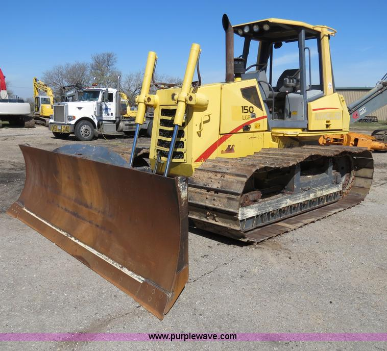B4700.JPG - 2001 New Holland DC150 Series LGP dozer , 3,027 hours on meter , Cummins B5 9 C 5 9L six cylinder tu...