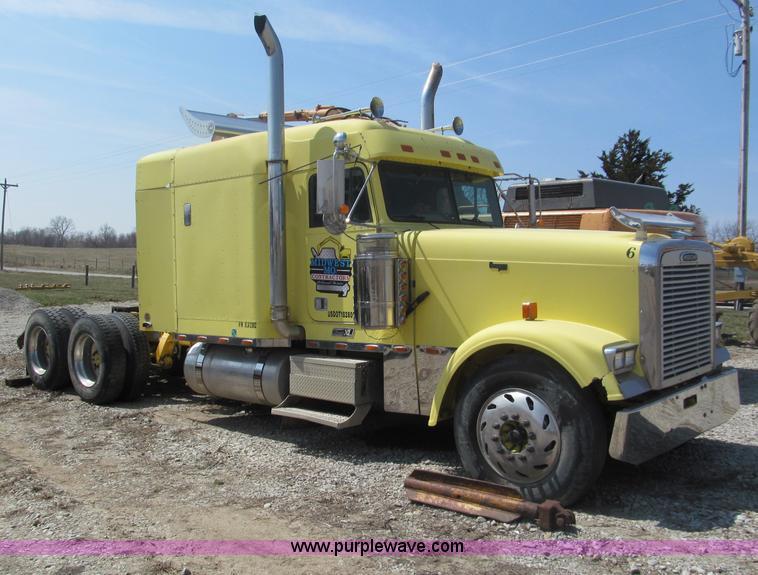 1999 Freightliner Classic Xl Semi Truck No Reserve