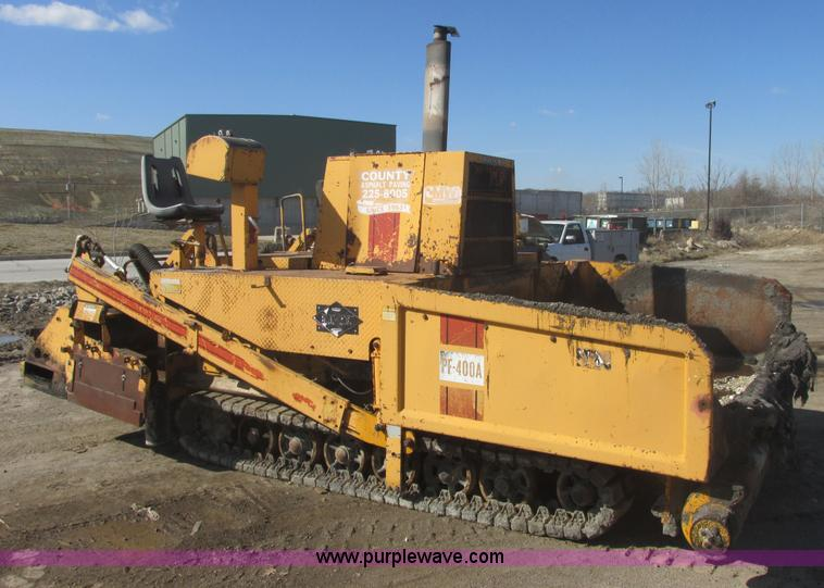 E7099.JPG - 1986 Blaw Knox PF400A paver , 2,335 hours on meter , John Deere diesel engine , Serial CD4239T371638...