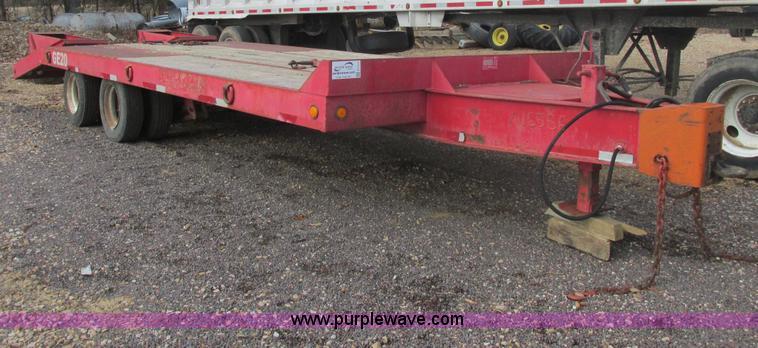 E7135.JPG - 1998 Talbert 20 ton tag trailer , 20L x 102 quot W , 5L dovetail , Dual spring assist ramps , Toolbo...