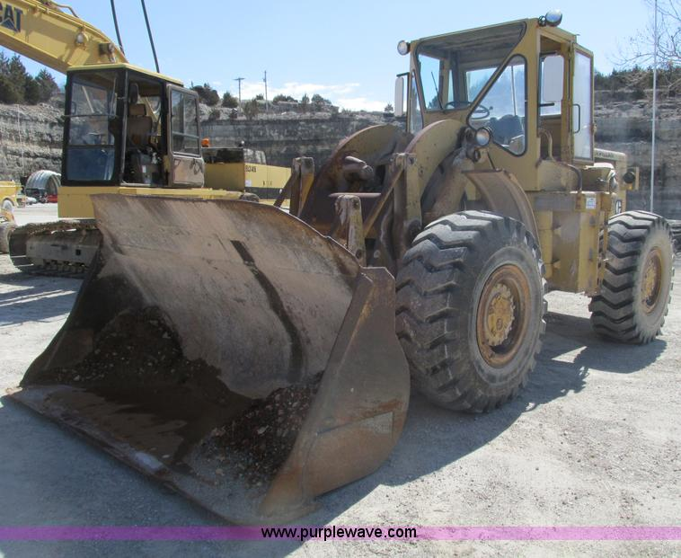F4447.JPG - 1966 Caterpillar 966B wheel loader , 3,496 hours on meter , Caterpillar D333 six cylinder turbo dies...