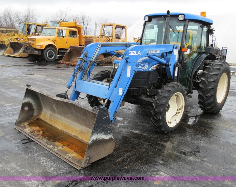 F4338.JPG - 2003 New Holland TN55D tractor , 2,013 hours on meter , Three cylinder diesel engine , Manual transm...