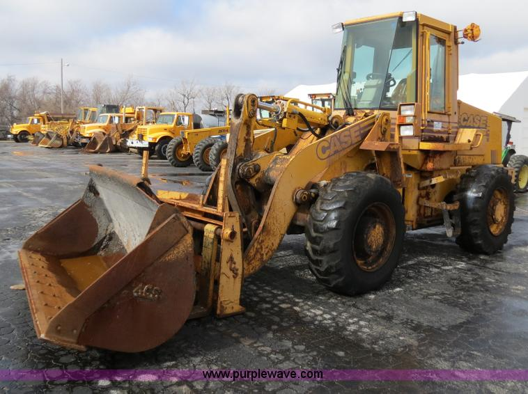 F4344.JPG - 1994 Case 621B wheel loader , Cummins 6T 590 six cylinder diesel engine , 4F 4R gears , Enclosed cab...