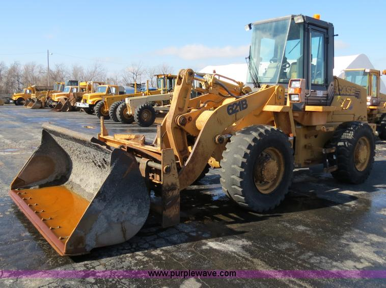 F4345.JPG - 1998 Case 621B wheel loader , 5,288 hours on meter , Cummins 6T 590 six cylinder diesel engine , 4F ...