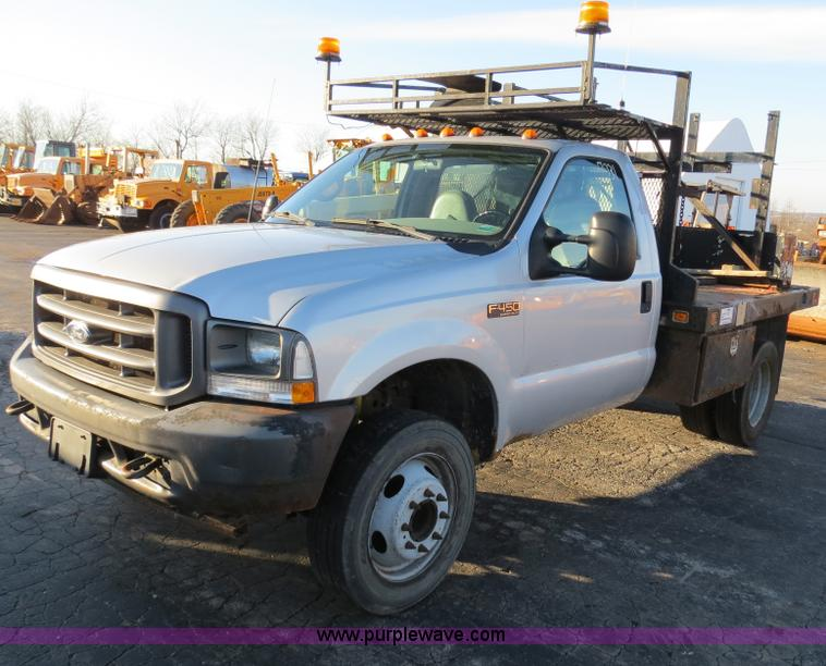 F4365.JPG - 2002 Ford F450 flatbed truck , 216,707 miles on odometer , 7 3L V8 OHV 16V turbo diesel engine , Oil...
