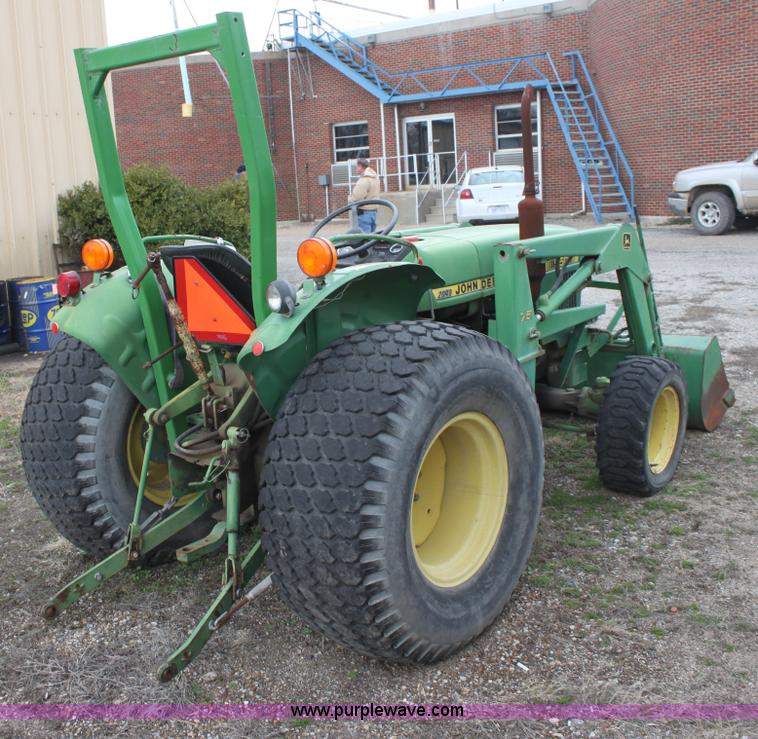 No Reserve Auction On Tuesday May 07: John Deere 950 MFWD Tractor
