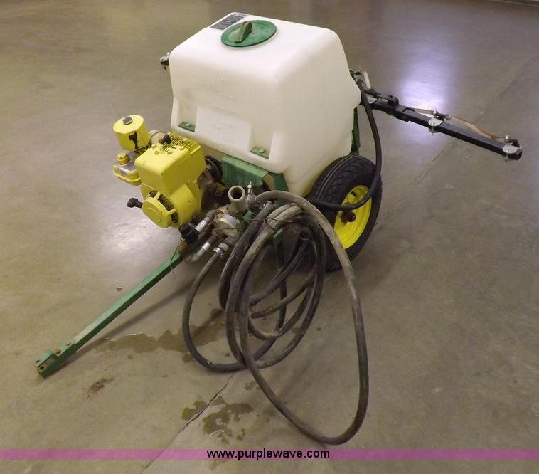 No Reserve Auction On Tuesday May 07: John Deere 5B Pull Type Sprayer