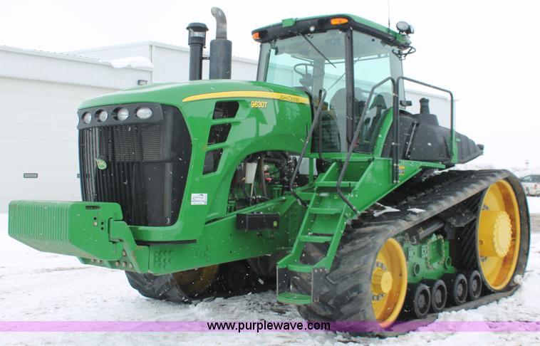 H3707.JPG - 2009 John Deere 9630T tractor , 2,112 hours on meter , John Deere 6 cylinder diesel engine , Model 6...