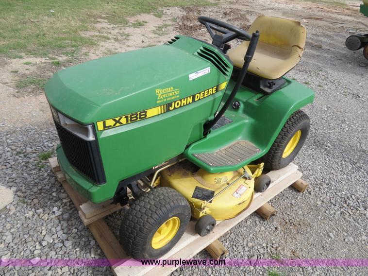 John Deere Lx188 Mower