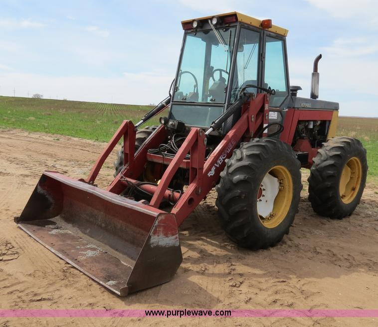 B4722.JPG - 1988 Versatile 276 Bi directional 4WD tractor , 5,452 hours on meter , Cummins 4BTA 3 9 four cylinde...