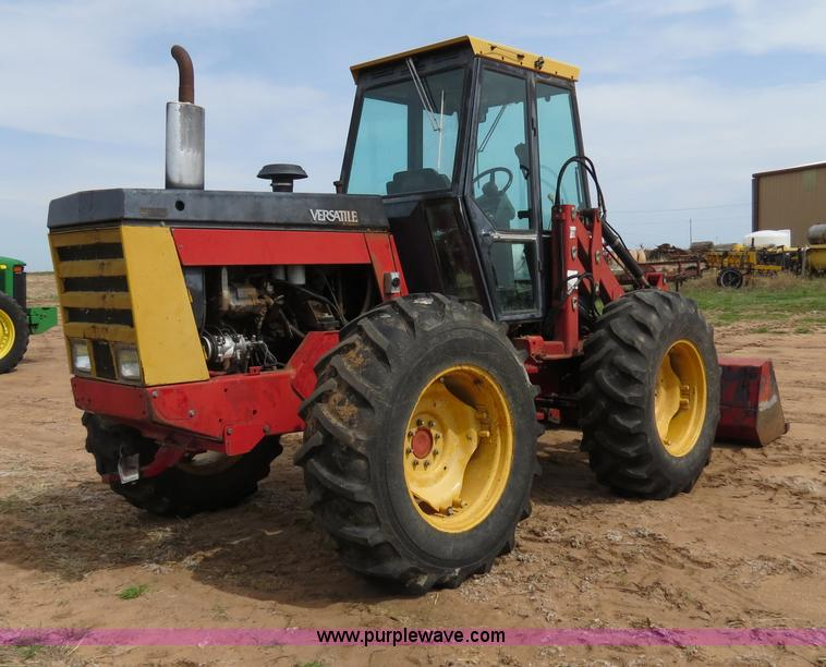 B4722D.JPG - 1988 Versatile 276 Bi directional 4WD tractor , 5,452 hours on meter , Cummins 4BTA 3 9 four cylinde...