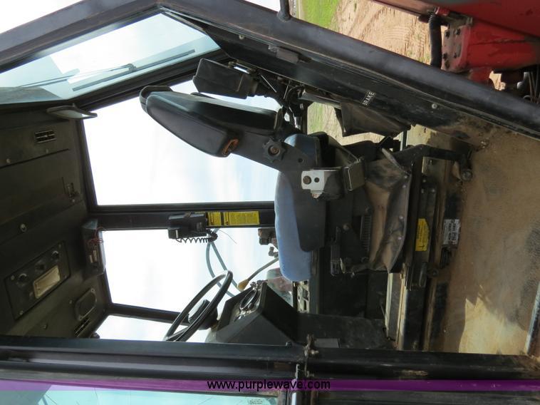 B4722I.JPG - 1988 Versatile 276 Bi directional 4WD tractor , 5,452 hours on meter , Cummins 4BTA 3 9 four cylinde...