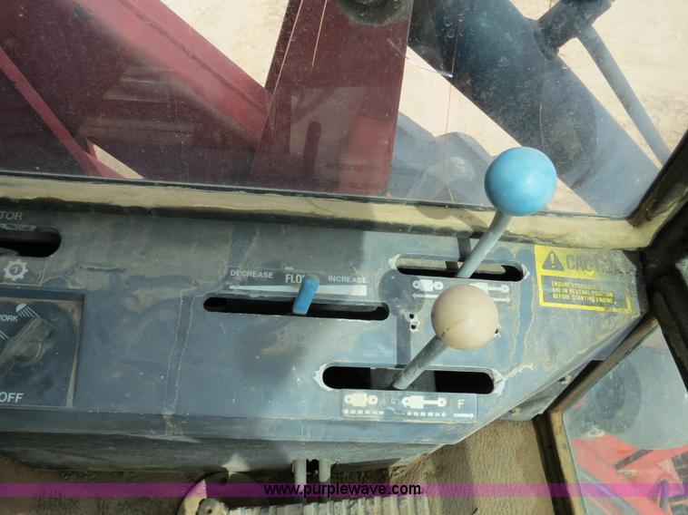 B4722S.JPG - 1988 Versatile 276 Bi directional 4WD tractor , 5,452 hours on meter , Cummins 4BTA 3 9 four cylinde...