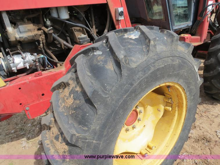 B4722ZR.JPG - 1988 Versatile 276 Bi directional 4WD tractor , 5,452 hours on meter , Cummins 4BTA 3 9 four cylinde...