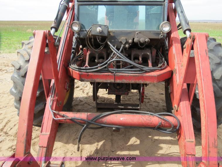 B4722ZY.JPG - 1988 Versatile 276 Bi directional 4WD tractor , 5,452 hours on meter , Cummins 4BTA 3 9 four cylinde...