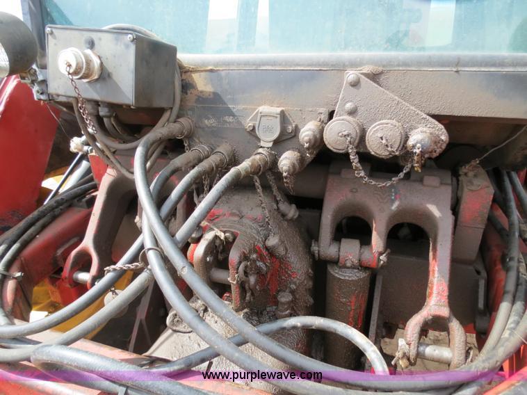 B4722ZZB.JPG - 1988 Versatile 276 Bi directional 4WD tractor , 5,452 hours on meter , Cummins 4BTA 3 9 four cylinde...