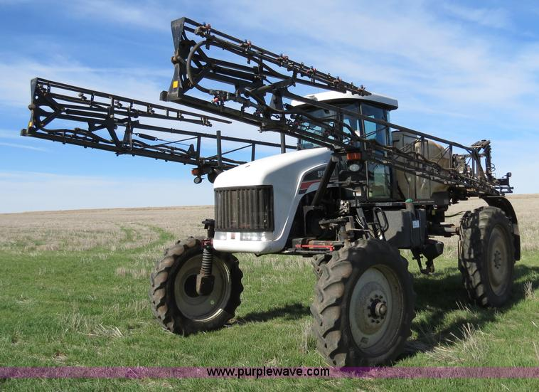 B4727.JPG - 2008 SpraCoupe 7655 self propelled sprayer , 1,256 hours on meter , Perkins 1106C 6 0L six cylinder ...