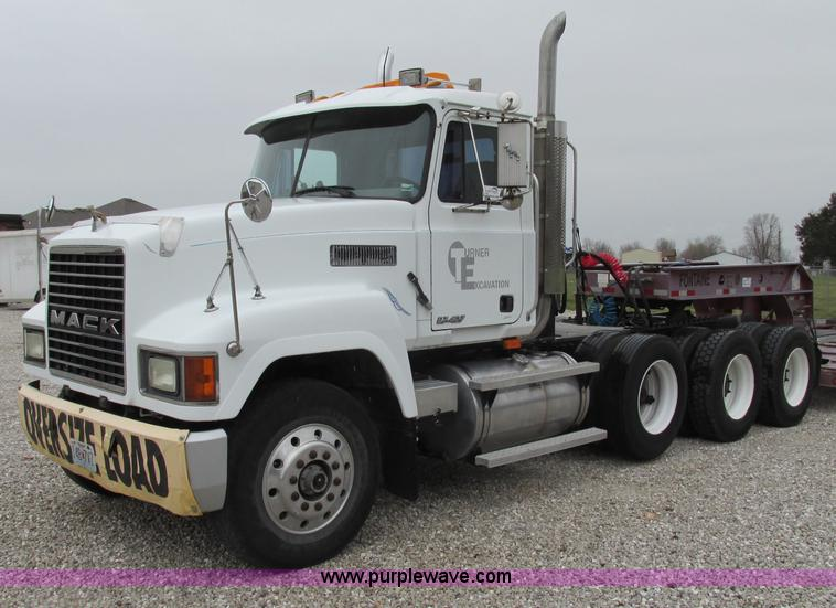F4780.JPG - 1996 Mack CH613 triple axle semi truck , 524,515 miles on odometer , Mileage may vary, in use , Mack...
