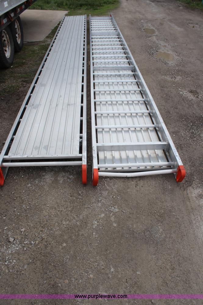 Aluminum Walk Boards : Louisville aluminum walk boards no reserve auction