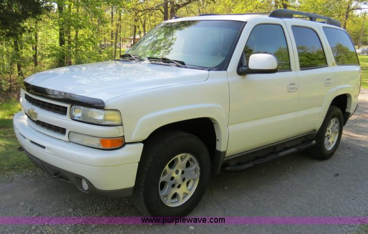B4752.JPG - 2003 Chevrolet Tahoe Z71 SUV , 166,237 miles on odometer , 5 3L V8 OHV 16V FFV gas engine , Automati...