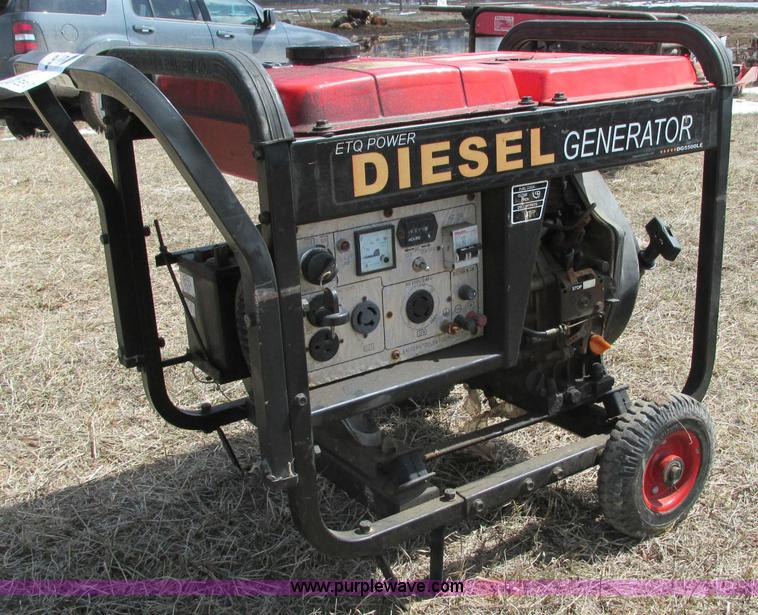 E5101.JPG - ETQ power diesel generator , Model 178F , 6,211 hours on meter , 296cc engine , 120/240V AC output ,...