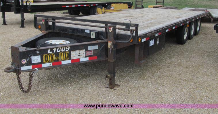 G2932.JPG - 2007 Load Max triple axle trailer , 208 quot L x 97 quot W wood deck , 64 quot L sloped tail , 60 qu...