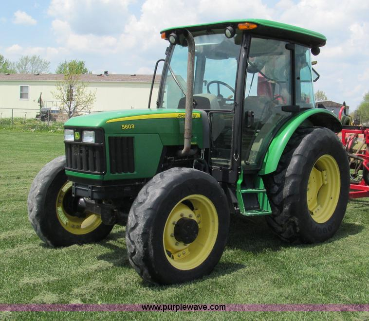 F5042.JPG - 2009 John Deere 5603 MFWD tractor , 1,719 hours on meter , Hours may vary, unit in use , John Deere ...