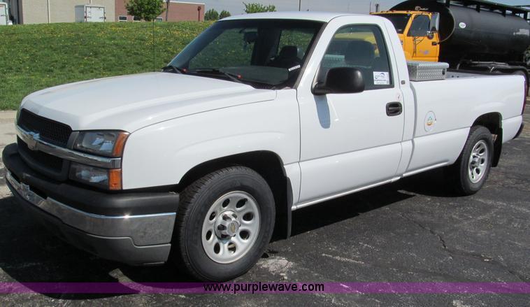 F5023.JPG - 2005 Chevrolet Silverado 1500 pickup truck , 148,174 actual miles , 5 3L V8 OHV 16V FFV gas engine ,...