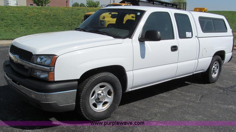 F5024.JPG - 2004 Chevrolet Silverado 1500 Extended Cab pickup truck , 165,631 actual miles , 5 3L V8 OHV 16V FFV...