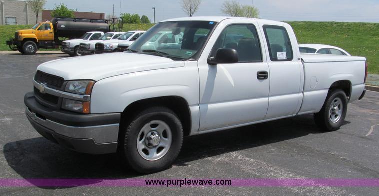 F5030.JPG - 2004 Chevrolet Silverado 1500 Extended Cab pickup truck , 169,182 actual miles , 5 3L V8 OHV 16V FFV...