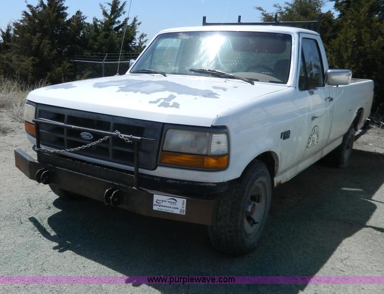 1993 Ford F150 Xl Pickup Truck