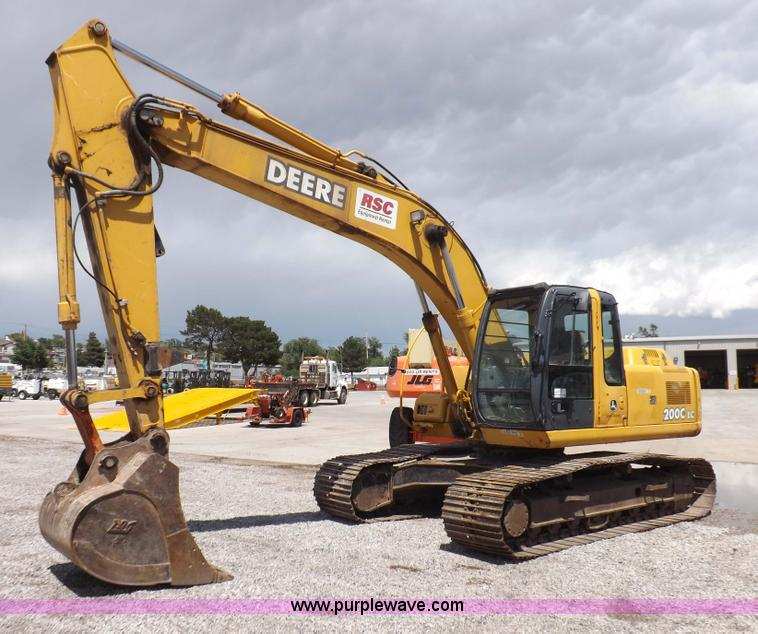 H7023.JPG - 2007 John Deere 200C LC excavator , 4,258 hours on meter , John Deere 6068 6 8L six cylinder turbo d...