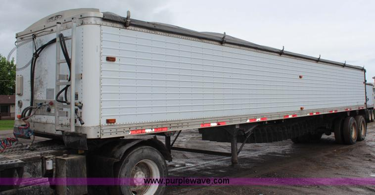 G5210.JPG - 1998 Timpte 42 belt trailer , 35 quot W belt , Tarp , Hinged rear doors , Spring suspension , Air br...