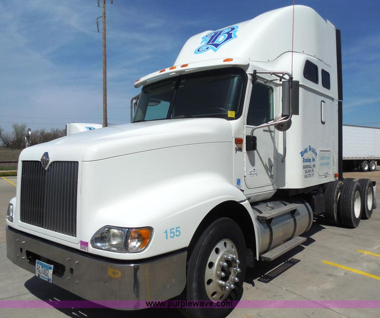 H3234.JPG - 2007 International 9400i semi truck , 688,617 miles on odometer , Cummins ISX 14 9L L6 diesel engine...
