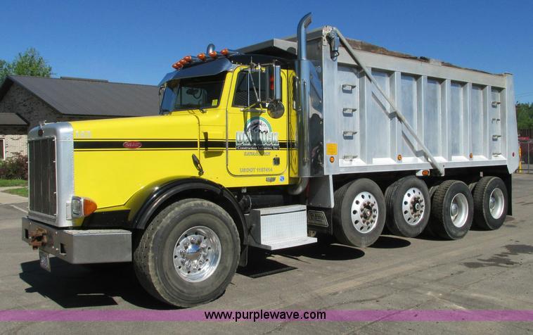 E5138.JPG - 2000 Peterbilt 378 quad axle dump truck , 487,278 actual miles , Caterpillar C12 380 410 diesel engi...