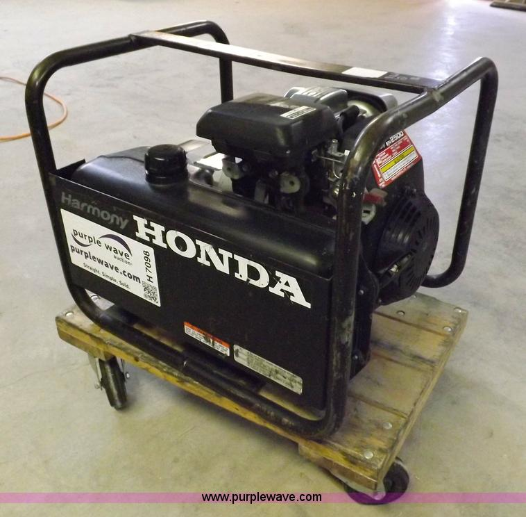 No Reserve Auction On Tuesday May 07: Honda Harmony 2.5 KW Generator
