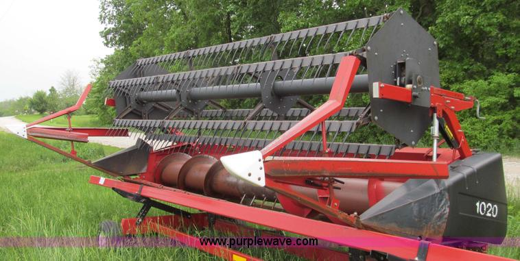 E3974.JPG - Case IH 1020 15 header , Hydraulic drive reel , Floating auger , Poly fingers , Sta Sharp knives , W...